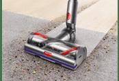 Loại bỏ bụi bẩn ngồi sâu từ sàn cứng và trải thảm