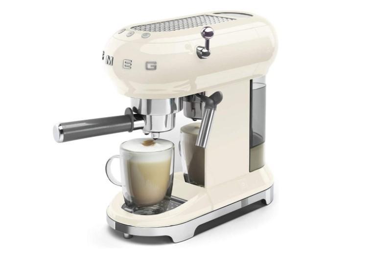 may pha cafe smeg ecf01creu mau kem