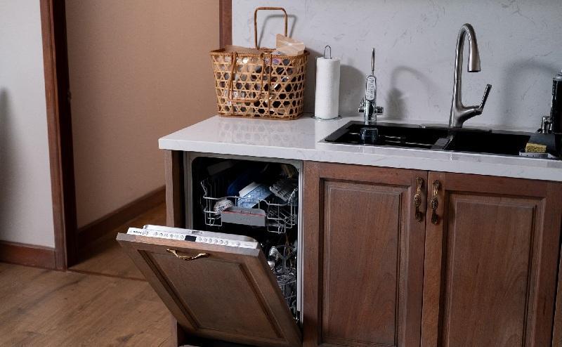 Mẫu máy rửa bát âm tủ
