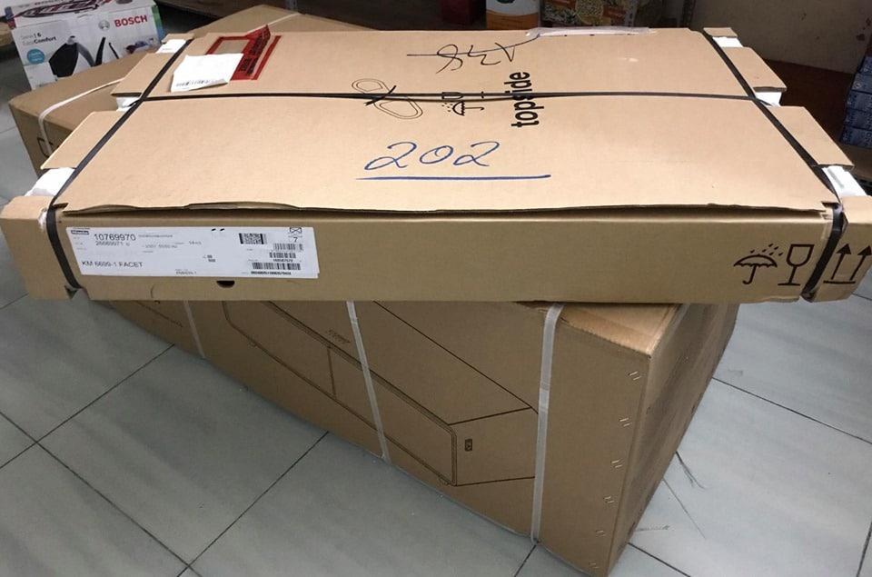 Hút mùi Miele DA6890 chuẩn bị lắp đặt cho chị Huyền ở Hà Nội